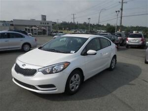 2016 Kia Forte LX | Cloth | Bluetooth | USB/Aux