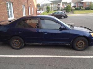 2003 Honda Civic DX 1,7L à vendre pour pièces ou réparation