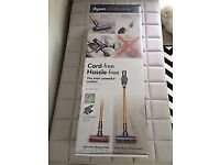 *BRAND NEW* DYSON V8 Absolute Cordless Vacuum Cleaner - Nickel & Iron - *2 Yrs Warranty