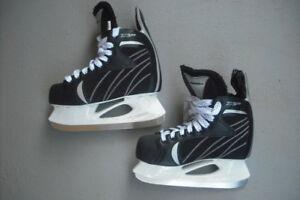 Skates Winnwell X-Lite. Black. Size 7. Kelowna.