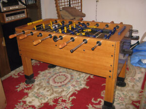 """HARVARD PRO MID FIELDER FOOSBALL/SOCCER TABLE""v"
