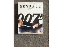 James Bond sky fall blu ray