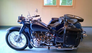 CJ 750 Solo or with attached Sidecar