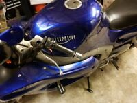 Triumph sprint 955i S ....2001 in good clean condition