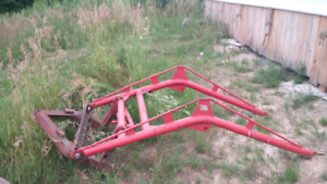 Farmall loader with mounts and hydraulics