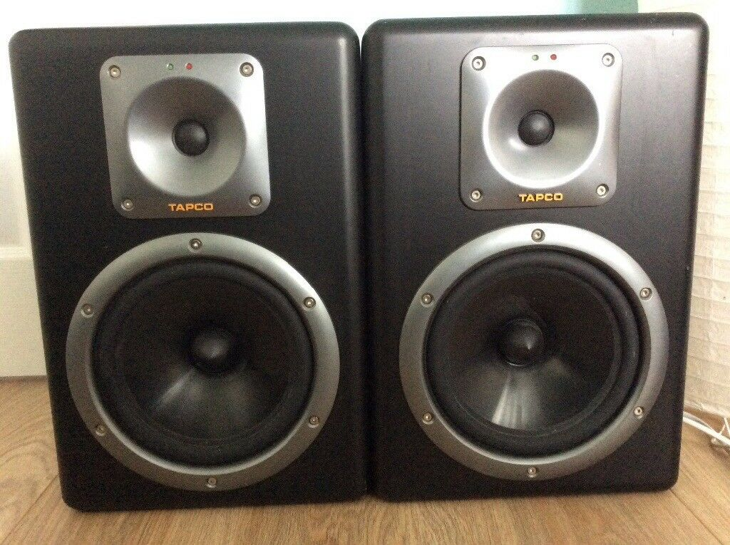 Tapco S8 Active Studio Monitor speakers
