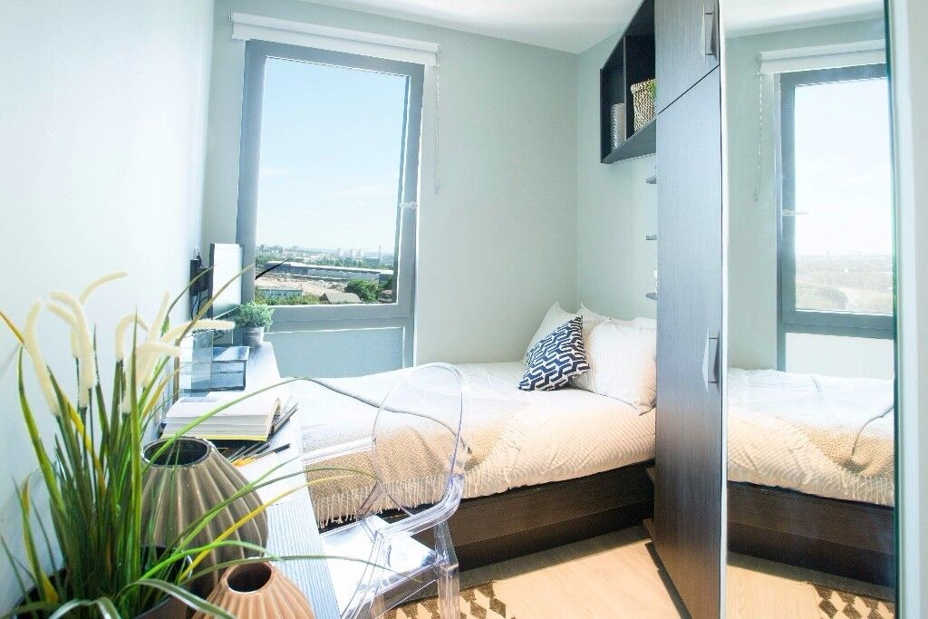 Tech Ensuite Rooms With Shared Kitchen Access To Gym Networking Events