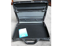 Samsonite Director Vivid Black Slim Hardshell Briefcase combination lock retro