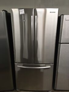 2 years old Samsung stainless fridge counter depth unit