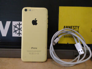 Used iPhone 5C - Cracked Screen Mild Wear