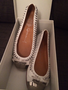 Jeffery Campbell 7 6.5 white and silver flats