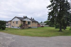 GREAT HOME IN VAL THERESE - DOUBLE LOT HUGE GARAGE