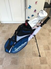 Taylor made golf set including R15 driver only used set twice