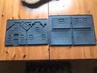 Gingerbread house making mould