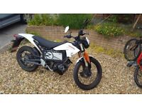 Electric Motorbike Zero XU 2012 model registered Jan 2013 Top Spec Bike
