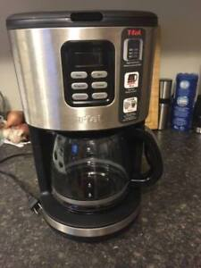 T-fal stainless steel 12-cup programmable coffee maker-used