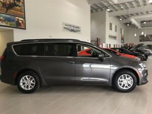 2017 Chrysler Pacifica LX Touch Screen Push Start Stow n Go