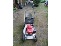Honda hr 194 self propelled petrol lawnmower