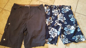 Mens swim and shorts EUC size 32