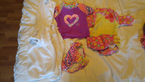 Maillots fille taille 12 mois