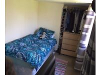 All bills included - Single room in nice house with pleasant people :)