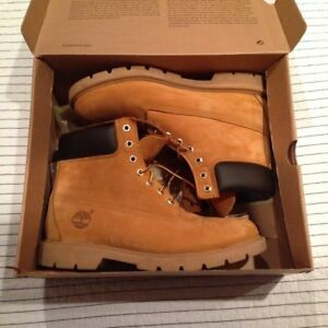 Brand New Never worn TIMBERLAND BOOTS