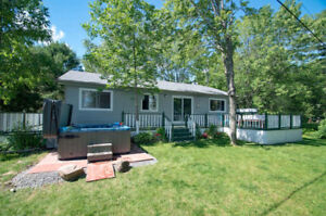 NEW COTTAGE RENTAL ON HEAD LAKE Available FOR 2 WKS THIS AUGUST!
