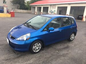 2008 Honda Fit 5 Speed $3000
