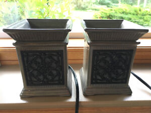 Scentsy Burner (full size - Jane) 2 for sale