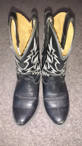 Black leather ARIAT toddler size 10 cowboy boots $50 takes