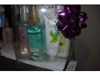 NEW AVON PAMPER GIFT SET IN PLASTIC BOX WITH BOX VARIOUS ITEMS