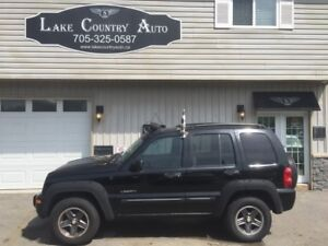 2004 Jeep Liberty Renegade-4x4, leather, sunroof, power seat!
