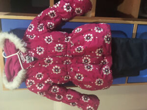 Girls size 6 snowsuit