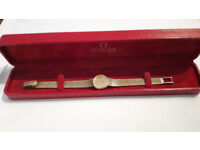 USED LADIES OMEGA 9K GOLD QUARTZ AUTO WATCH IN MINT CONDITION