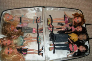 BRATZ COLLECTOR DOLLS AND CARRY CASE