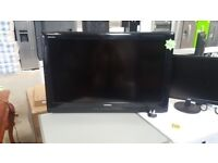Toshiba Regza 32inch TV with Wall Mount included in good working order and condition