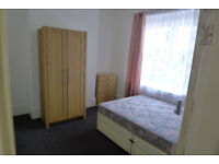 Double room to rent Washington St. HU5