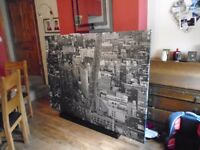 Huge city canvas print 2 meter x 1.4 black and white in as new condition