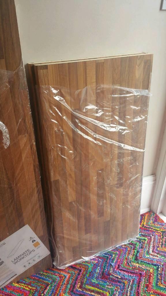 2 pieces of b&q oakwood mix laminate worktop