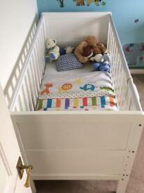 White cot bed - great condition