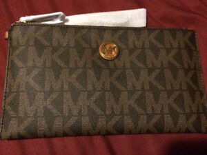 NEW: Coach - Michael Kors - Guess - Tags On.