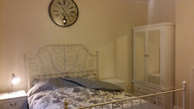 Spasious double room in Winton . All bills included. Available now