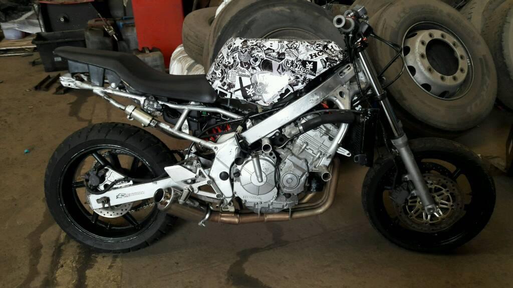 Suzuki Bandit Stunt Bike