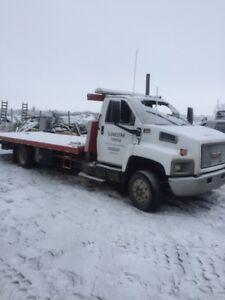 2005 GMC Topkick Tow Deck truck with wheel lift Cat C7