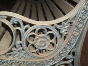Cast Iron-Outdoor Bench