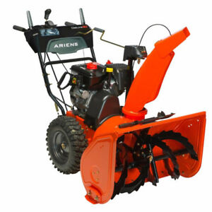 Ariens Deluxe 30 snowblower with tire chains & spare sheer pins