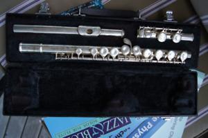 Yamaha 221 Student flute