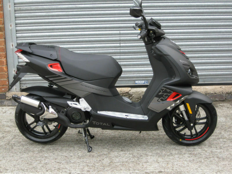 Peugeot Speedfight 4 50cc AC Total Sport Brand new Unregistered