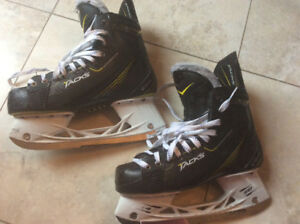 CCM Tacks size 7