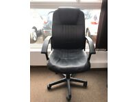 SELLING NICE OFFICE CHAIR, BLACK, £30